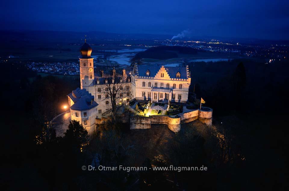 Schloss Callenberg bei Nacht